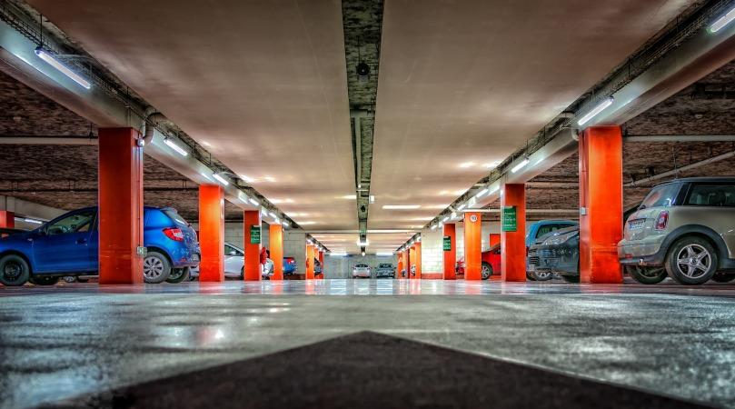 multi-storey-car-park-2705368_1920